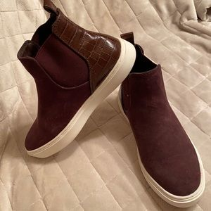 H&M New never used size 37 high top sneakers